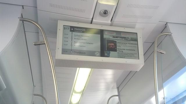 Foto vom Fernseh-Bildschirm im Zug.