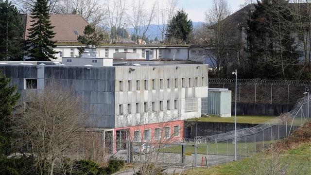 Gefängnis von aussen