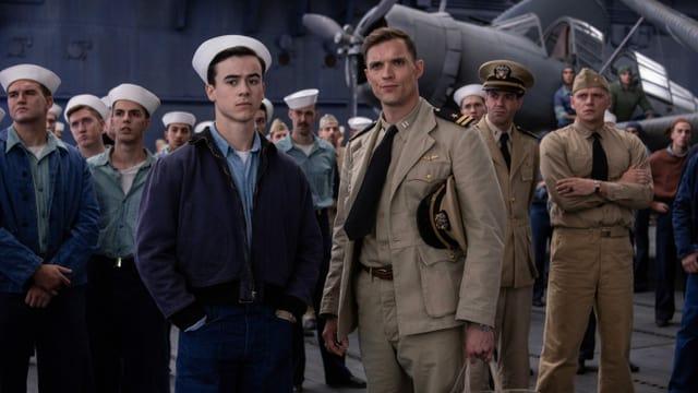 Gruppenbild der Schauspieler, die im Film US-Militärpiloten verkörpern.