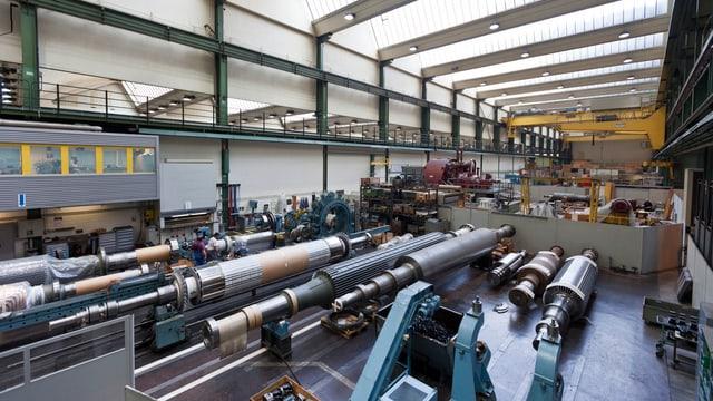 Montagehalle von Alstom in Birr(AG).