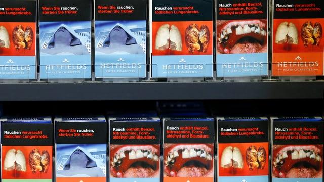Deutsche Zigarettenschachteln mit Schockbildern