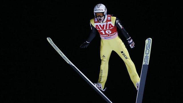 Gregor Deschwanden beim Weltcupspringen in Russland.