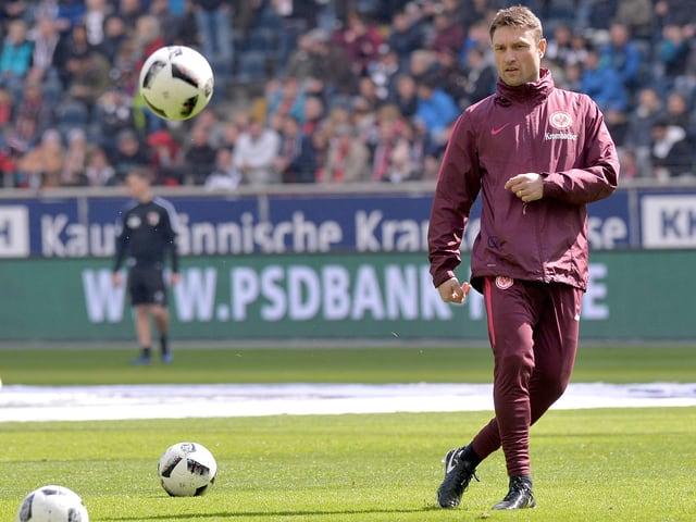 Kovac spielt Ball