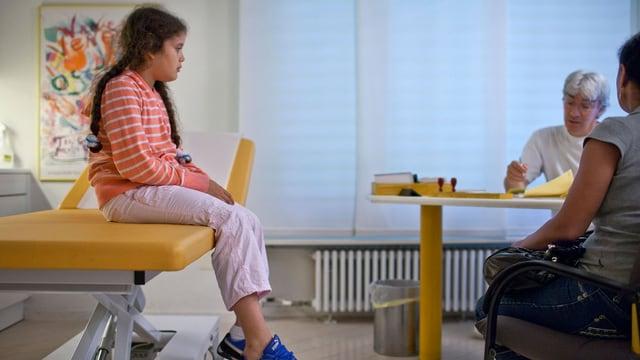 Kind beim Hausarzt