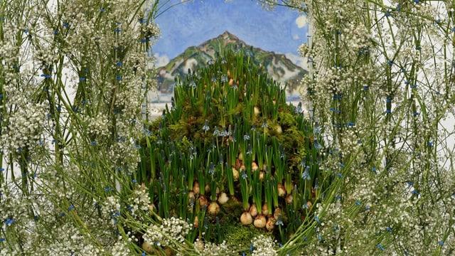 Pflanzen vor einem Kunstwerk