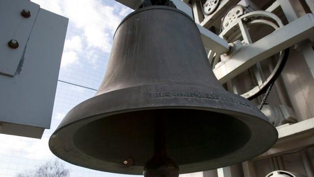 Eine grosse Glocke