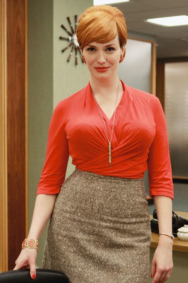 Porträt der Schauspielerin Christina Hendricks als Sekretärin Joan Holloway