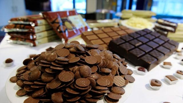Verschiedene Schokolade-Produkte