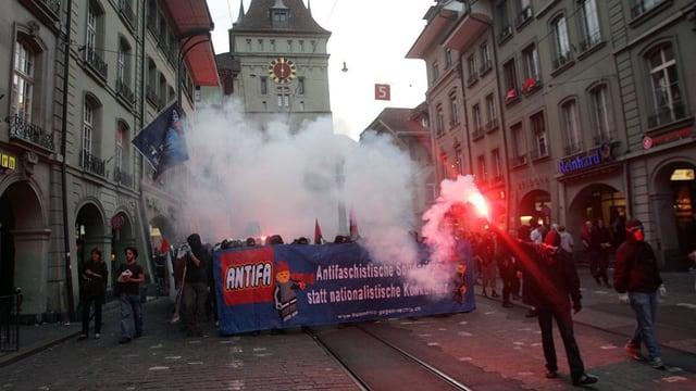Antifa-Umzug in der Berner Altstadt.