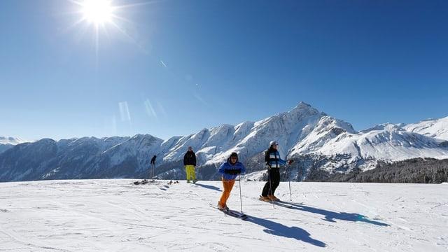 Skifahrer in den Bündner Alpen
