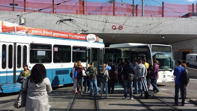 Die Kollision beim Bahnhof Oerlikon verlief laut ersten Informationen glimpflich.