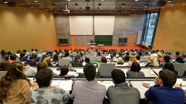 La Svizra duai puspè far part al program Erasmus+ a partir dal 2021.