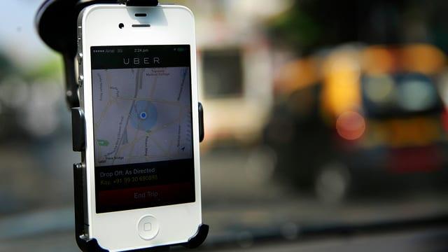 Uber-App auf dem Smartphone.