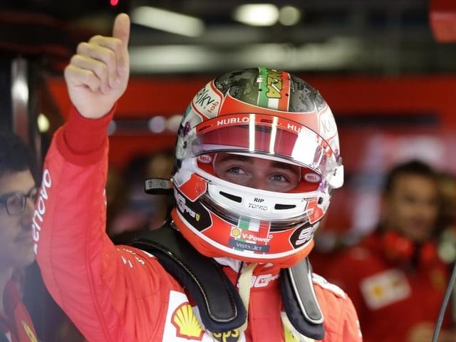 Charles Leclerc startet wieder von der Pole.