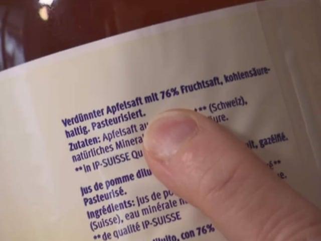 Inhaltsangabe auf Flaschenrückseite: 76 Prozent Fruchtsaft
