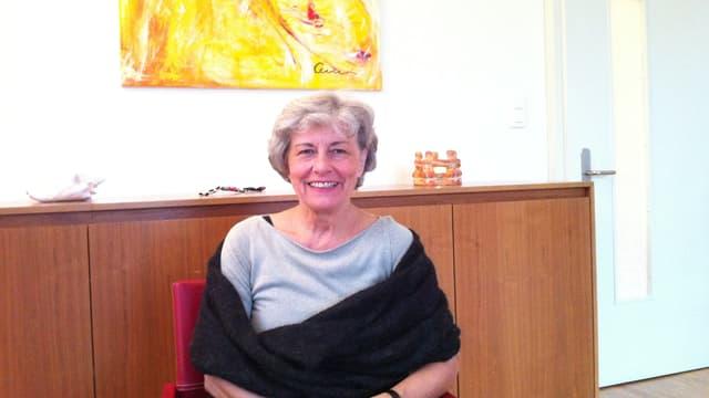 Esther Elisabeth Schütz in ihrer Praxis in Uster