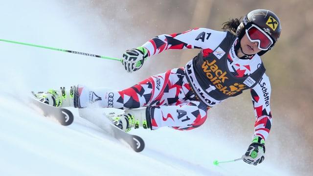 Anna Fenninger im Rennen