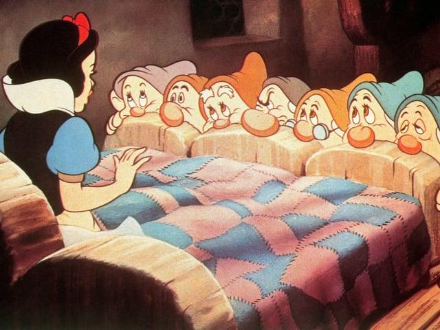 Filmstil aus dem Zeichentrickfilm «Schneewitchen und die sieben Zwerge»