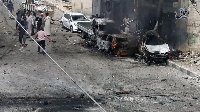 autos devastads ad Aleppo