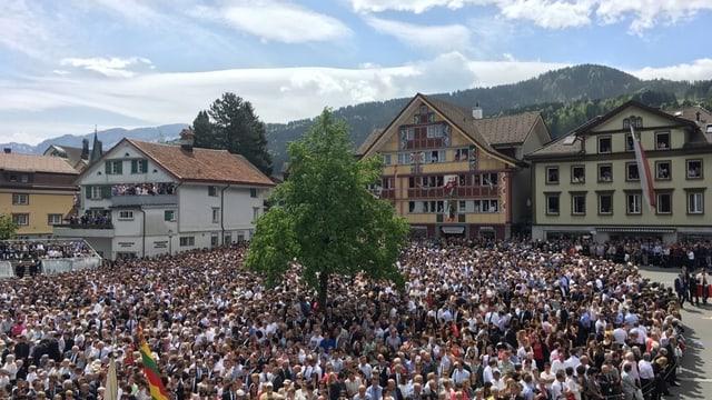 Feststimmung im weiten Rund in Appenzell.