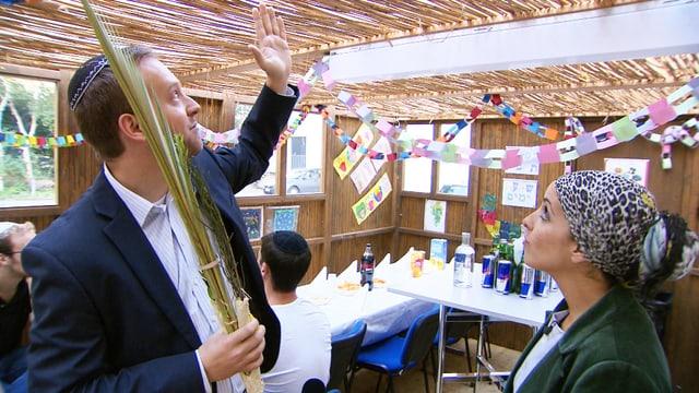 Video «Zum jüdischen Sukkot» abspielen