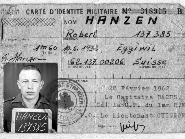 """Foto eines Ausweises: """"Carte di'identité militaire"""" mit Foto eines jungen Mannes in Uniform."""