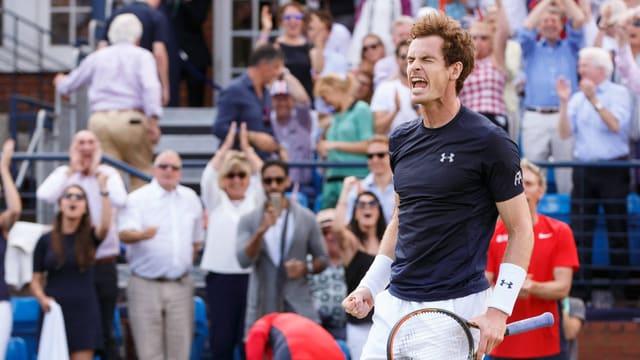 Andy Murray freut sich nach Halbfinal-Einzug im Davis Cup gegen Frankreich.