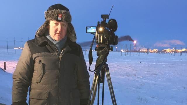 SRF-Korrespondent in Russland, Christof Franzen, beim Dreh auf Jamal, 500 Kilometer nördlich vom Polarkreis.