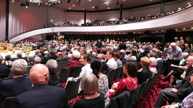 Kursaal Bern, Publikum und Balkon