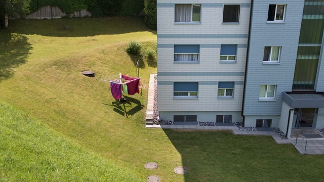 Wohnblock in Goldau von oben.