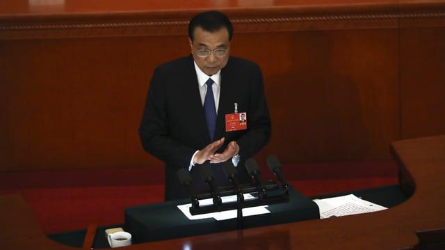 Li Keqiang spricht an der Sitzung des Volkskongresses