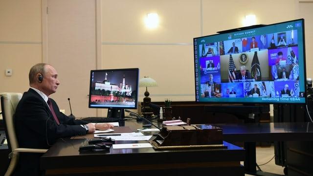 Putin während der Video-Konferenz.