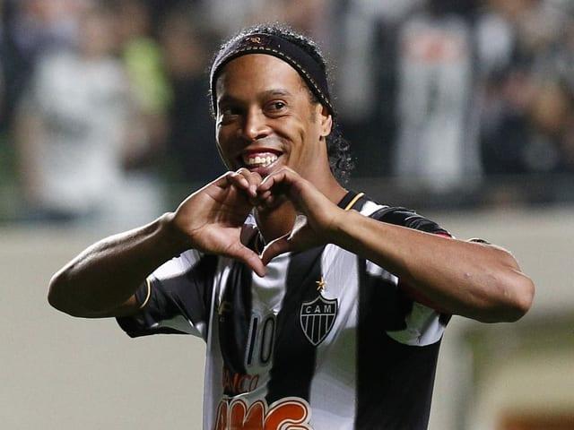 Ronaldinho 2013 im Dress von Atlético Mineiro (Brasilien).