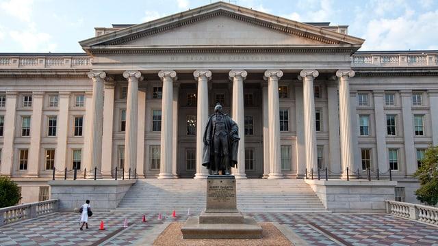 La fatschada davant dal ministeri da finanzas a Washington.