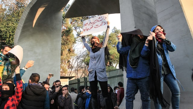 Demonstranten in Teheran, Iran.