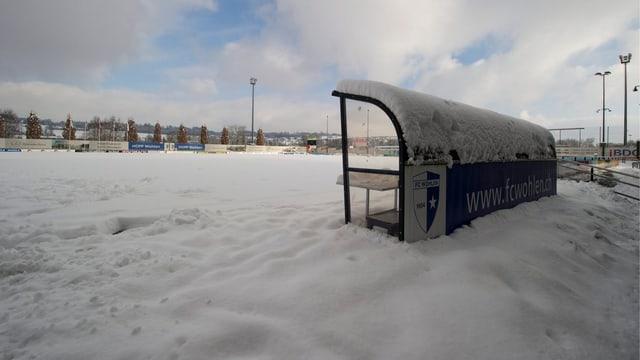 Bild vom Stadion Niedermatten aus dem Jahre 2012, als ebenfalls Schnee und Eis ein Fussballspiel verhinderte.