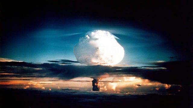 Atompilz aus der Ferne.