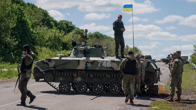 Ein Panzer der ukrainischen Armee
