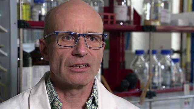 Kurt Seiler im Labor