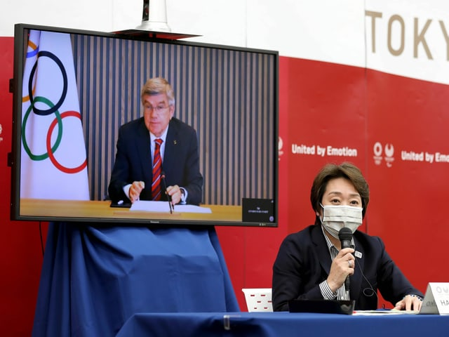 Thomas Bach zugeschaltet an einer Medienkonferenz.