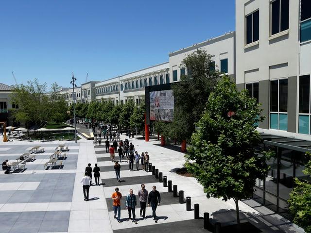 Aussenaufnahme des Facebook-Hauptsitzes in Kalifornien.