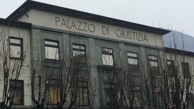 Il palazzo dal tribunal a Sondrio.