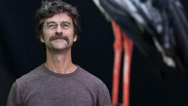 Porträtaufnahme des Regisseurs