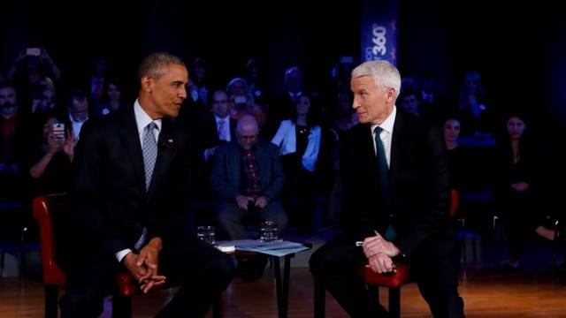 obama e cooper sin tribuna avant public