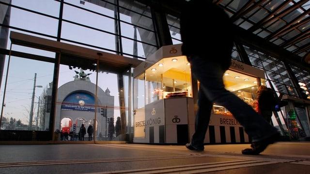 Stand im Luzerner Bahnhof