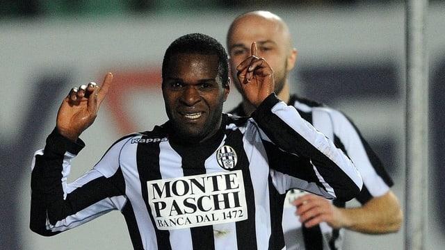 Innocent Emeghara schoss Lazio quasi im Alleingang ab.