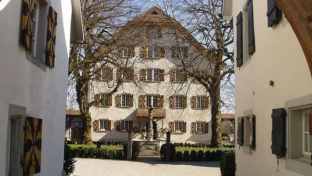 Der Innenhof von Schloss Böttstein.