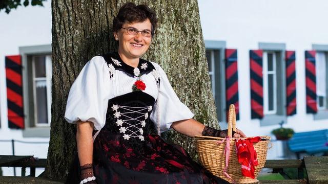 Video ««SRF bi de Lüt – Landfrauenküche»: Vreni Chervet, Clavaleyres BE» abspielen