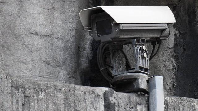 Eine Verkehrsueberwachungs-Kamera, aufgenommen am 1. November 2010 in Zürich