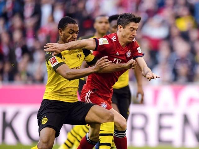 Dortmund und die Bayern liefern sich am Samstag ein Fernduell.